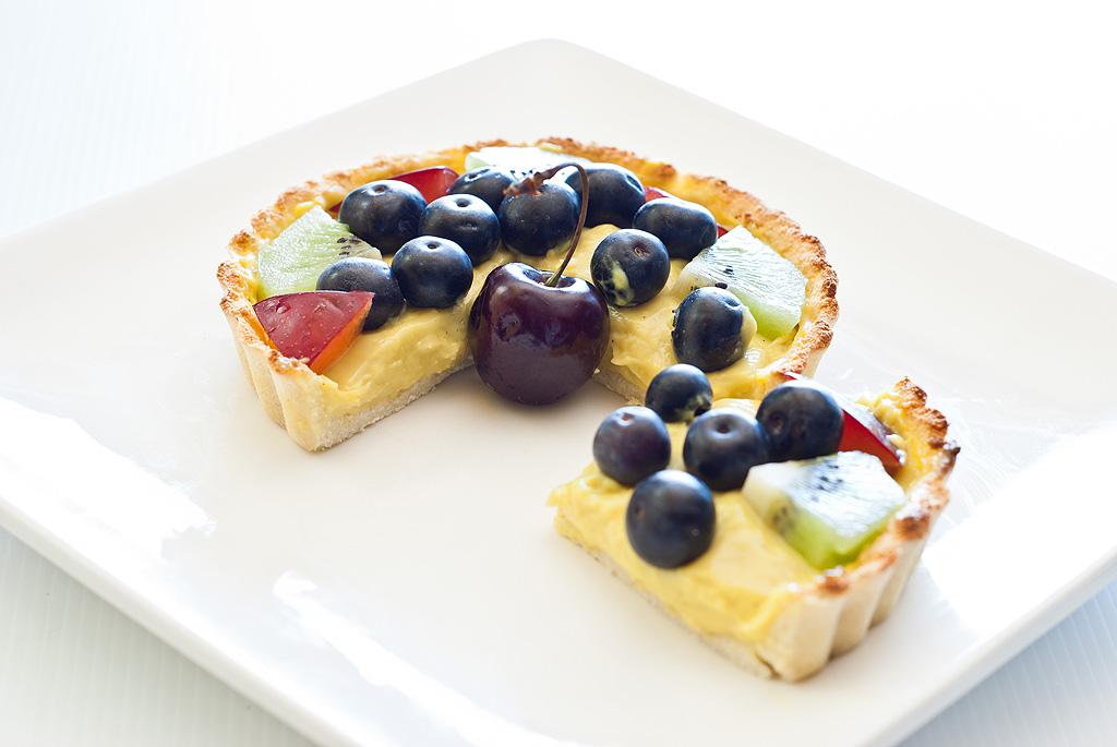 Custard Fruit Tart - grain, dairy and refined sugar-free