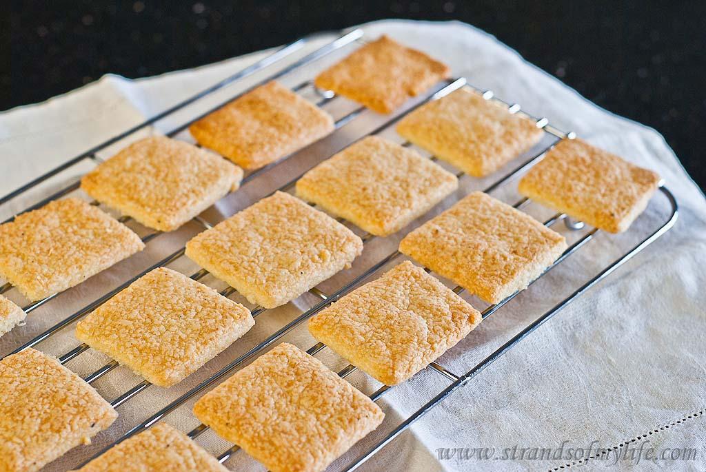Cheese & Black Pepper Crackers - gluten-free & low FODMAP
