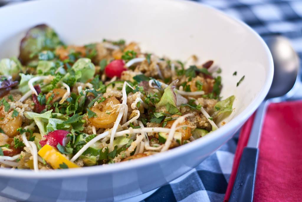 Dinner: Prawn, quinoa and vegetable salad