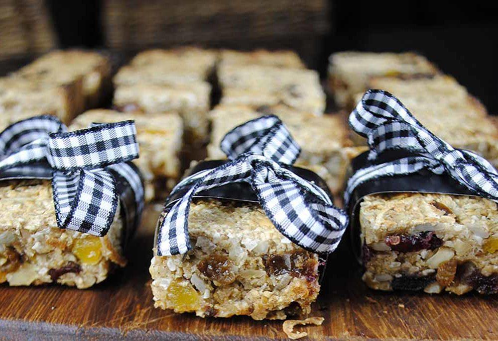 Cranberry, Pineapple & Walnut Granola Bars